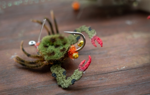 making shrimp and crab eyes fly tying